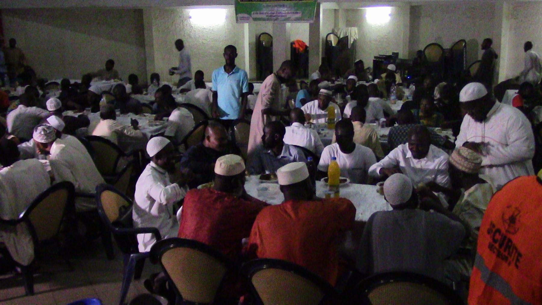 Al iftar 2018 de l'Association de la Jeunesse Musulmane en Côte d'Ivoire (L' AJMCI - secteur 4).